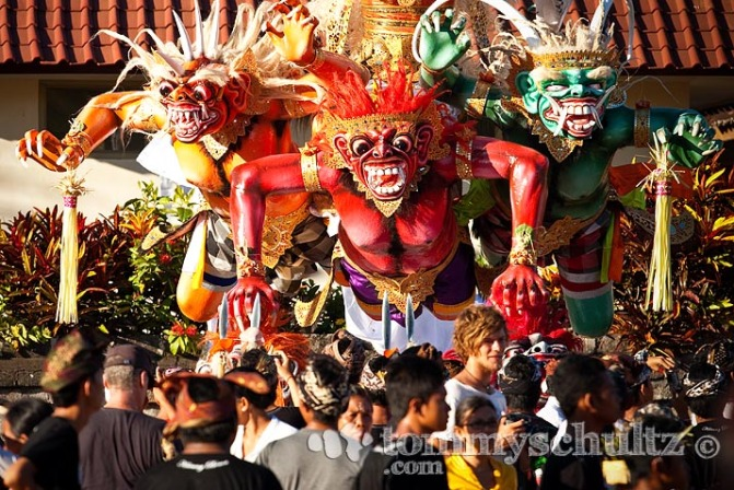 Ogoh-ogoh, sculpture of Butha kala, a mightiful giant creature in Balinese mithology. Ogoh-ogoh is usually performed a day before Nyepi day.